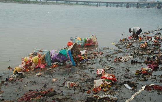 Water pollution caused by Ganesh Visarjan